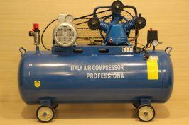 Компресор за въздух  Italy Compressor Professional - 300 литра резервоар - 9-12 бара, дебит на въздух 670 л/мин, 5500 W - трифазен - маслен   Rudimpex.com